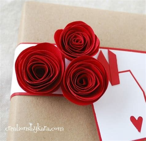 How To Make Rolled Paper Flowers - rolled paper roses