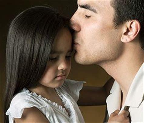 fenxizasly padre con su hija insesto