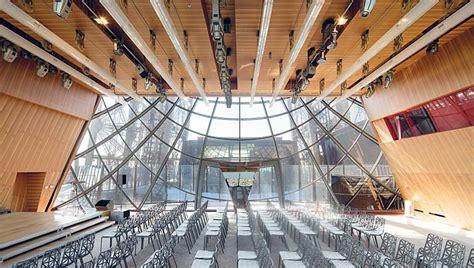interno tour eiffel parigi i nuovi padiglioni obliqui della tour eiffel