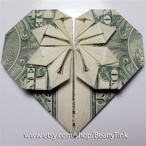 How To Make Origami With A Dollar - dollar origami