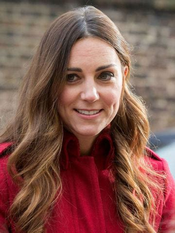 kate middleton wrinkles on forehead can people stop criticising kate middleton s grey hair and