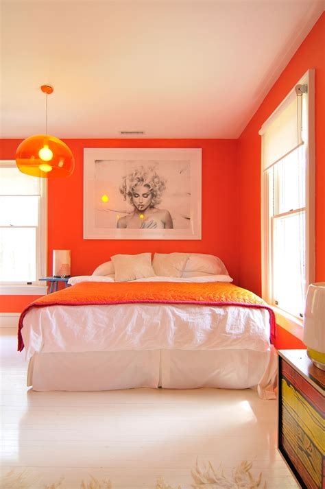 what color bedroom colors that make orange and compliment its tones