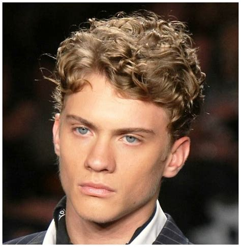 male short curly pubes 17 best images about medium curly hair on pinterest