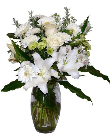large vase  flowers putts green florist kerikeri