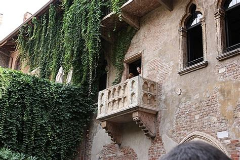 Discover the Top Five Must Visit Sites in Verona Italy