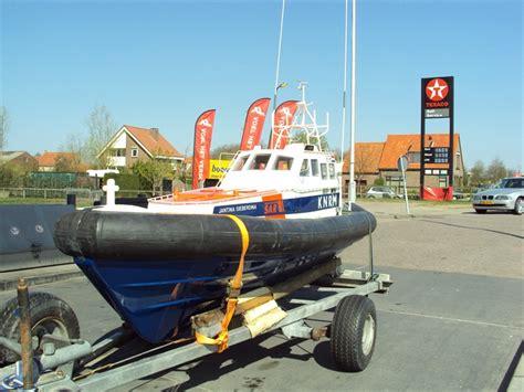 boot op de zaak kopen reddingboot te koop persbureau ameland