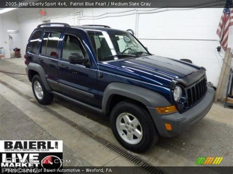 2005 Jeep Patriot Patriot Blue Pearl 2005 Jeep Liberty Sport 4x4 Medium