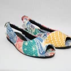 Sandal Batik Wanita batikbywulan beli produk batikbywulan di qlapa ulasan