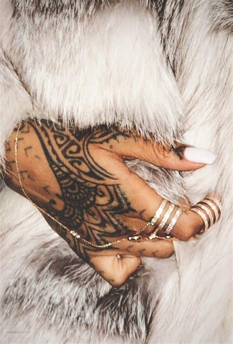 tattoo hand rihanna tattoologist