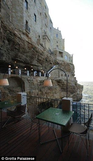 cave restaurant side of a cliff italy image gallery italian restaurant cliff