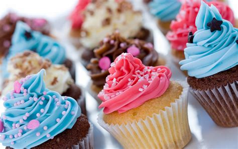 etagere bunt cupcake hd wallpaper and background image 2880x1800