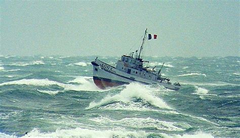luxury tugboat yacht original 1963 tugboat le lutteur yacht charter