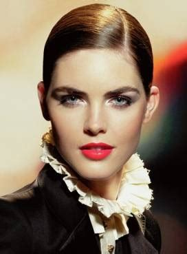 Hilary Rhoda Is The Newest Of Estee Lauder by Bold Brows In The Makeup