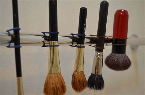Paling Dicari Makeup Brush Drying Rack how to clean and make up brushes from