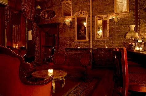 Auction House Nyc by Nyc S Spookiest Spots According To Yelp The Dakota