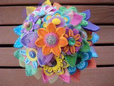 things to make with besides jewelry 1000 images about things made from buttons on