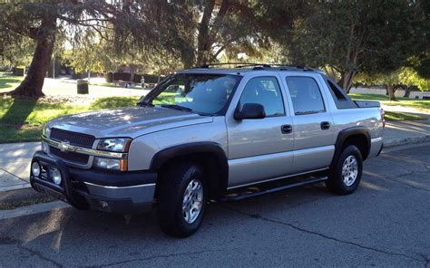 chevrolet avalanche 2004 2004 chevrolet avalanche information and photos