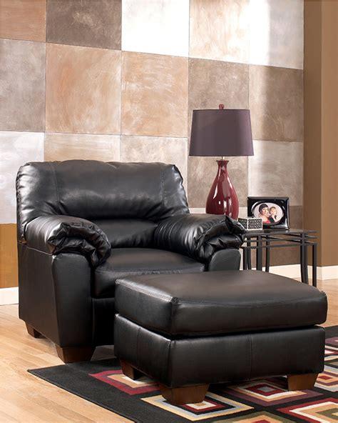 commando black sofa loveseat commando black living room set marjen of chicago