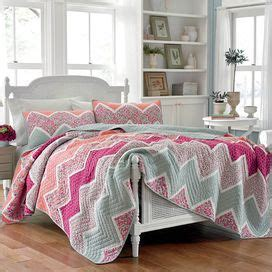 Ainsley Cotton Quilt by The 186 Best Images About Bed In Front Of Window On Window Treatments Master