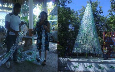 arbol navidad plastico en juchit 225 n construyen 225 rbol de navidad con botellas de