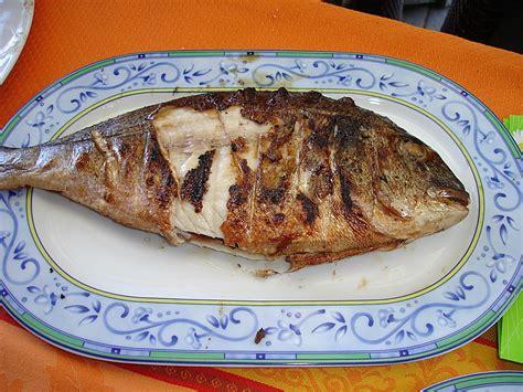 Daurade Grillée Barbecue by Marinierte Dorade Vom Grill Dodith Chefkoch De