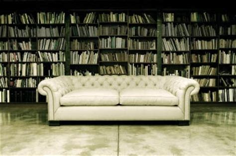 Montauk Sofa Chicago by Ashes And Crimson Roses It S Raining Tufted Couches