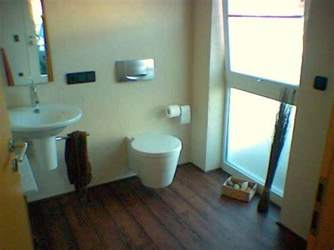 gäste wc renovieren wandgestaltung badezimmer farbe