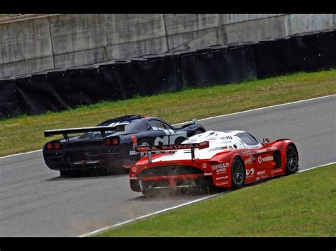 maserati mc12 race 2006 maserati mc12 racing mugello rear and