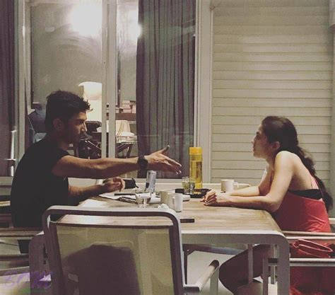 actress of kedarnath first picture of sushant singh rajput with sara ali khan