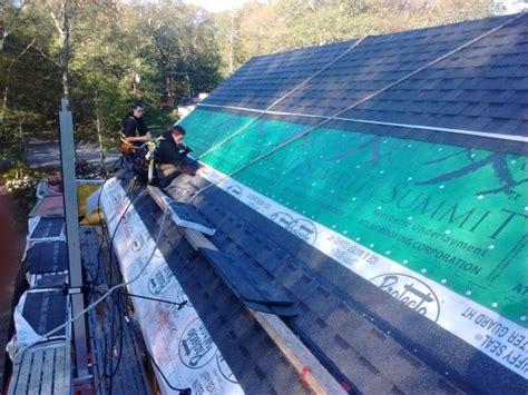 upside  roofing fine homebuilding