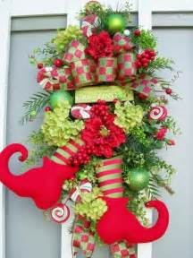 10 creative christmas wreaths fancy deco com