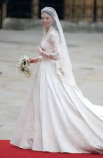 kate middleton dresses burton for mcqueen designs kate s royal wedding dress