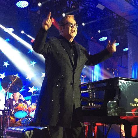 Wedding Song Elton by Valery Kogan Hires Elton And Carey For Wedding