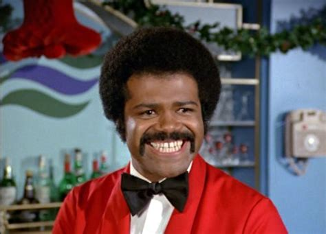 love boat cast isaac washington ted lange played issac the bartender in television series
