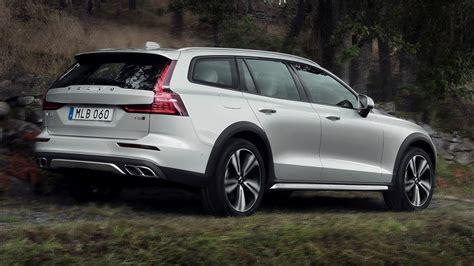 Volvo 2019 V60 Cross Country by 2019 Volvo V60 Cross Country Family Estate Car