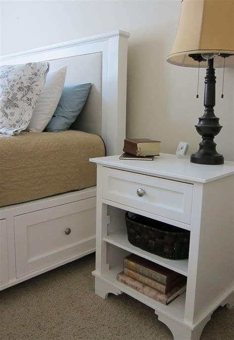 easy bedside table woodworking plans
