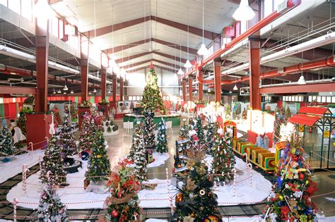 springfield illinois christmas trees livewell magazine festival of trees providing more than livewell