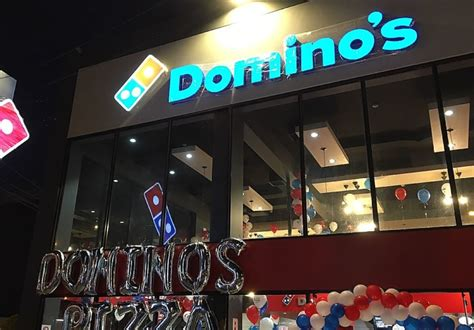 domino pizza villa melati mas gan m 225 s pizzas