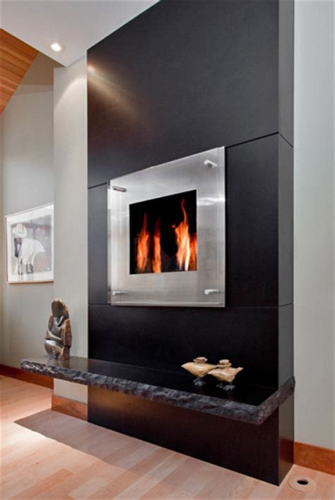 Black Granite Monolithic Fireplace Modern Living Room