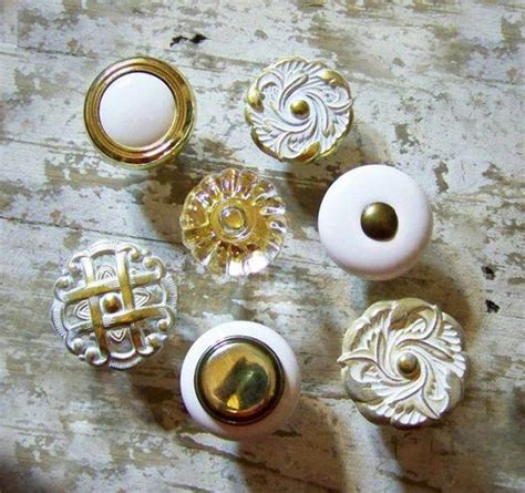 closet door knobs for vintage bedroom decorating style