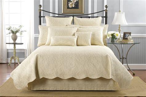 donna sharp bedding bella by donna sharp quilts by donna sharp quilts