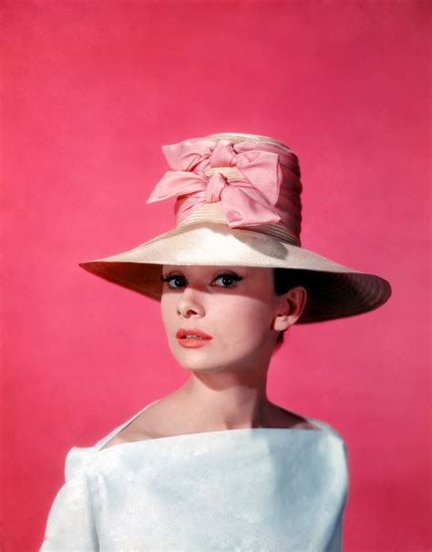 It s the pictures that got small glamour girls in hats