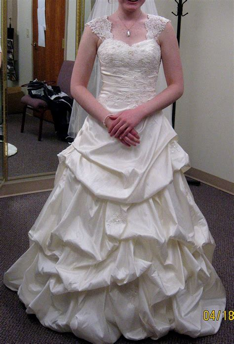 Wedding Dress Consignment by Wedding Dress Consignment Los Angeles Junoir Bridesmaid