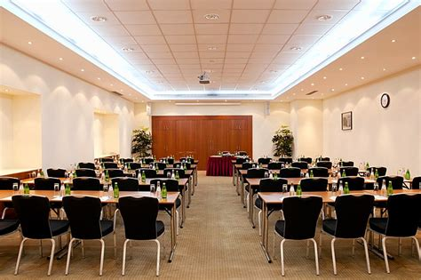 meeting hall krimsky val conference hall at holiday inn moscow