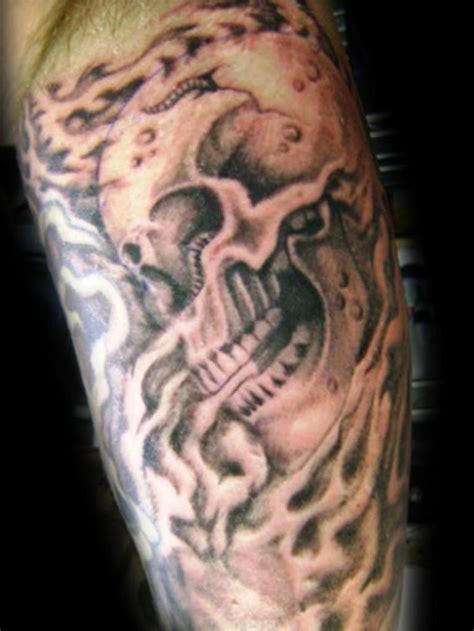 smoke tattoos best 25 smoke ideas on skull drawings
