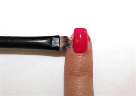 nagellack aus teppich entfernen nagellack patzer fashionzone