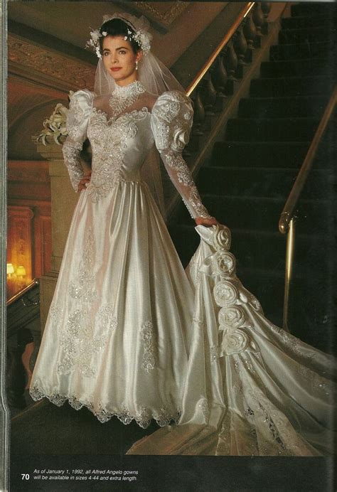 Brautkleider 80er by Beautiful Between 80 S And 90 S 1990 S Wedding Gowns