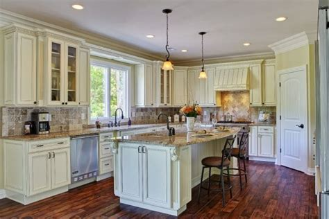 Pinterest The World S Catalog Of Ideas Ivory White Kitchen Cabinets