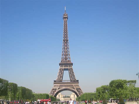 wann wurde der eiffelturm erbaut file der eiffelturm in jpg wikimedia commons
