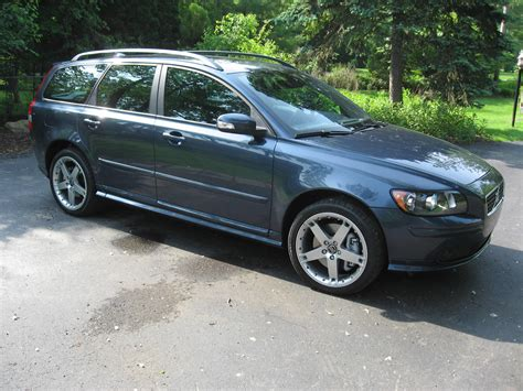 2007 volvo v50 t5 awd related infomation specifications